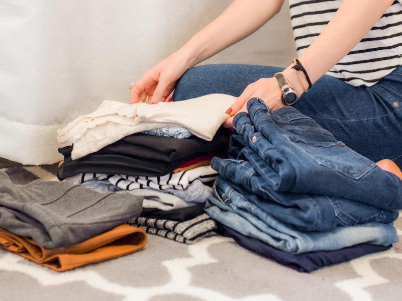 vestiti armadio sistemare