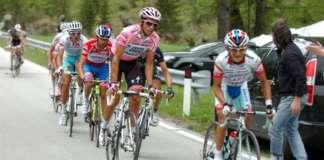 Giro d'Italia Passo Fedaia